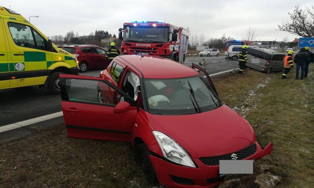 Opět nehoda na D6 u Jenišova
