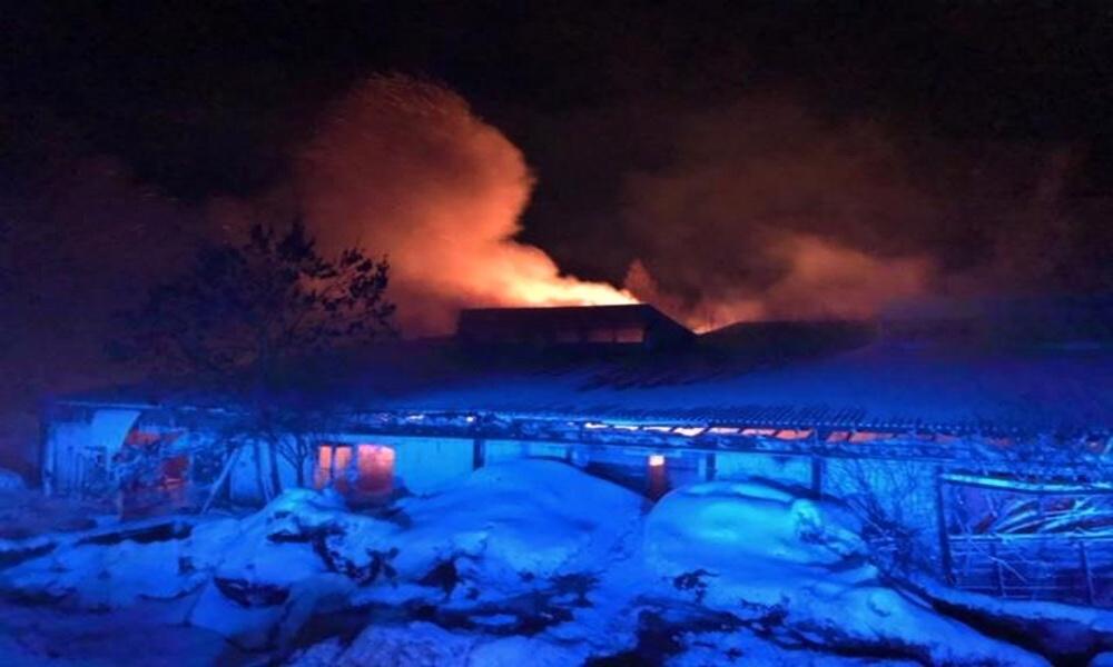 Při požáru v Zádubu zemřel jeden člověk