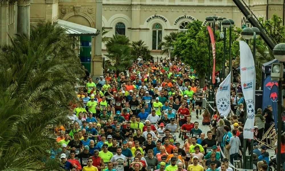 Karlovarský půlmaraton město i kraj podpoří, podnikatelé vydělají