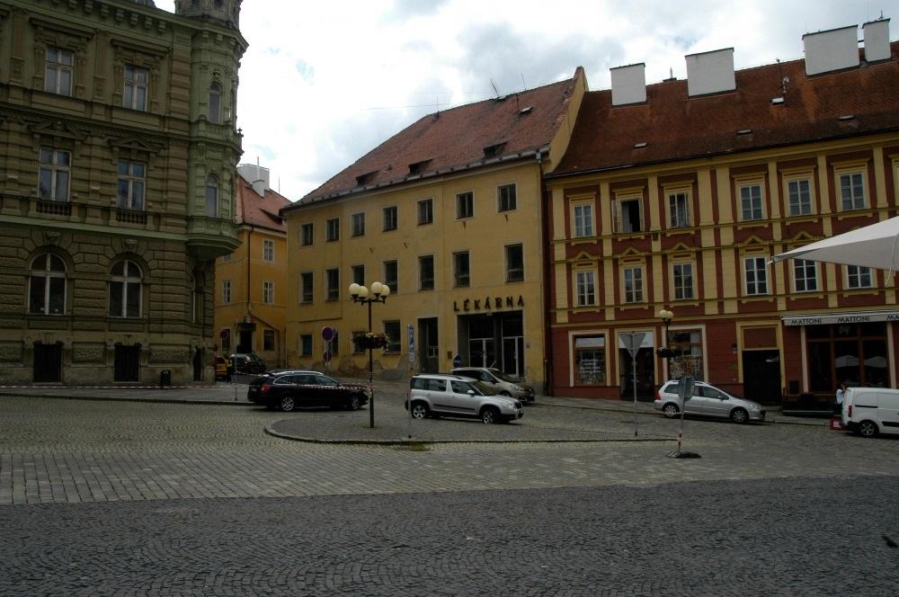 Činžovní dům na prodej, 1987 m2, Cheb, náměstí Jiřího z Poděbrad.
