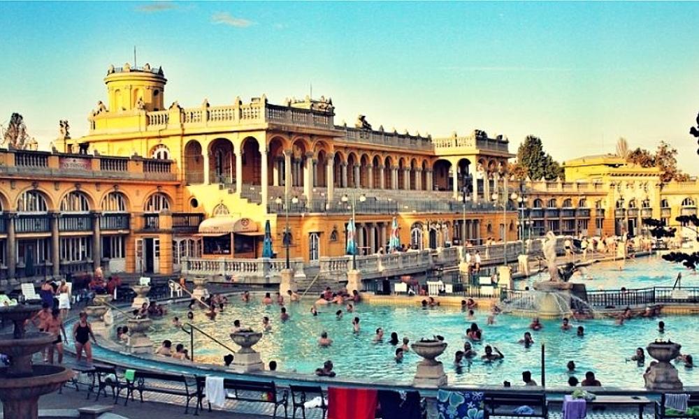 V Karlových Varech má vyrůst největší aquapark v Evropě.