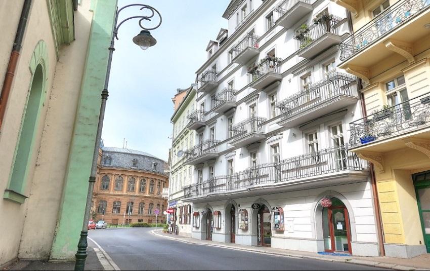 Prodej luxusního bytu, 93 m2, Karlovy Vary - lázeňské centrum