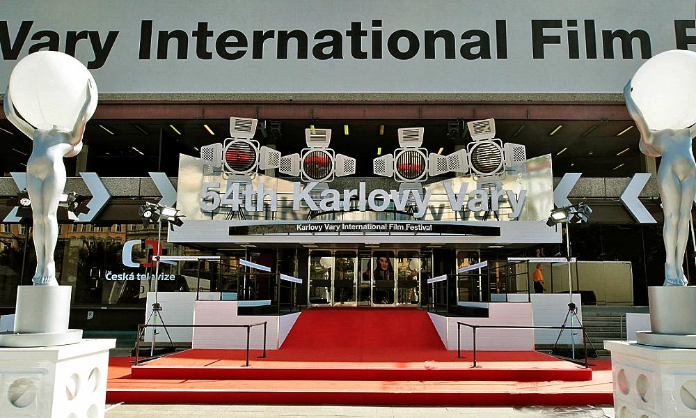 Na Mezinárodní filmový festival dají politici 8.milónů