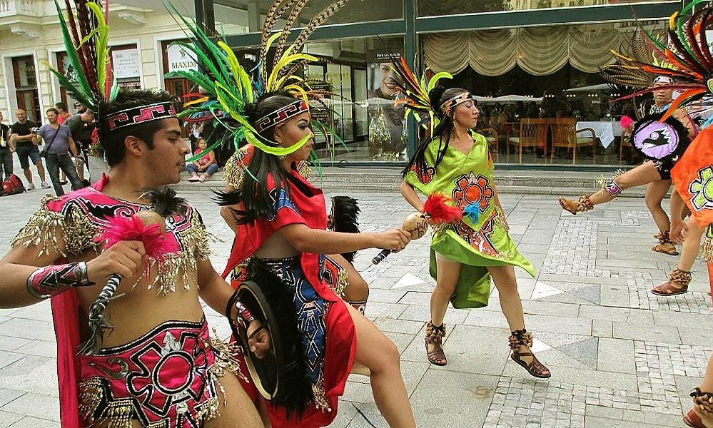 Karlovarský kraj roztančí folklórní festival