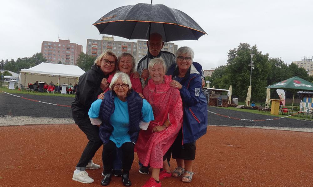 Hráčům déšť nevadí